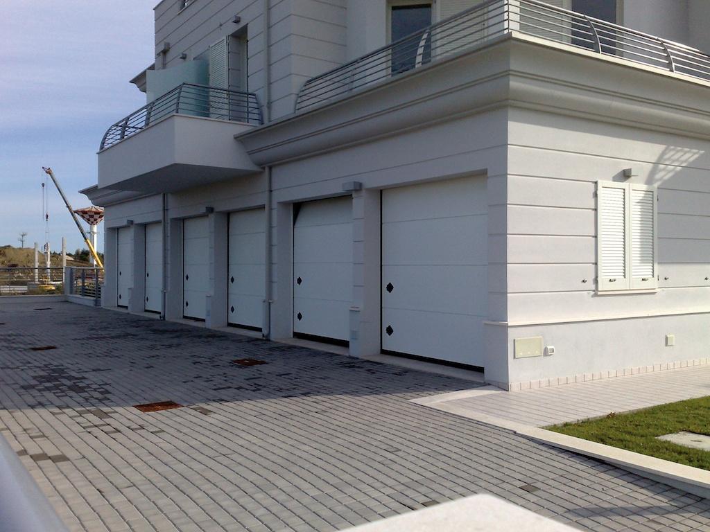 portoni residenziali breda per garage e appartamenti simi