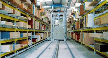 Prodotti per la logistica (scaffalature, portoni, capannoni)